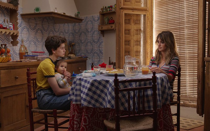 Parallel Mothers Review | NYFF 2021